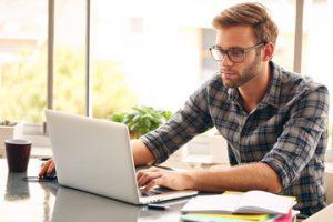 franquia de marketing digital trabalho em casa e idependente