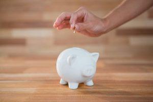 franquias com baixo investimento lucros