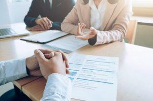 negocios-conceito-de-entrevista-de-emprego_1421-77