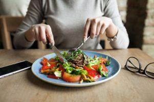 healthy-people-salad-food-woman_1303-1528